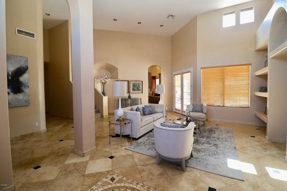 825 W HIGHLAND Street, Chandler, AZ 85225