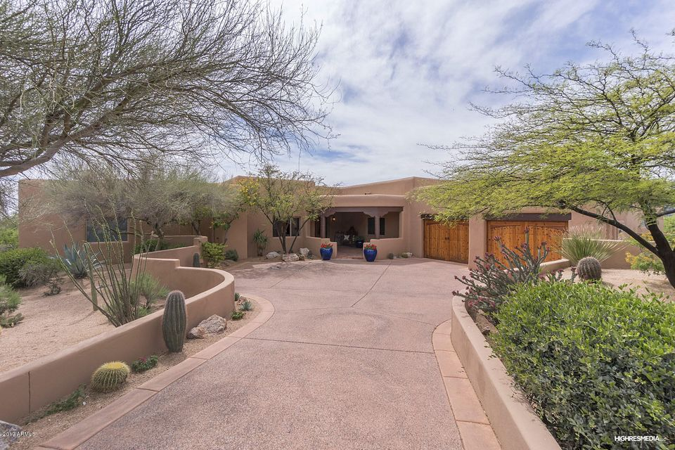 Photo of 11037 E TAMARISK Way, Scottsdale, AZ 85262