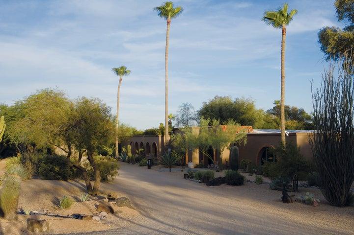 6627 E Hummingbird Lane, Paradise Valley, AZ 85253
