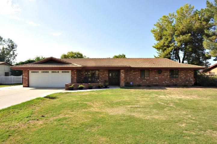 413 E TREMAINE Avenue, Gilbert, AZ 85234