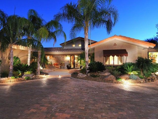 8205 E SANDS Drive, Scottsdale, AZ 85255