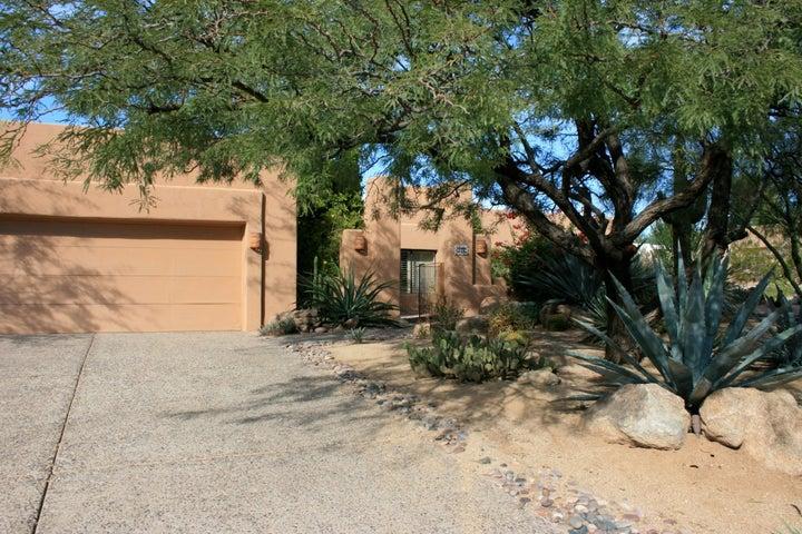 9316 E LA PALOMA Court, Scottsdale, AZ 85255