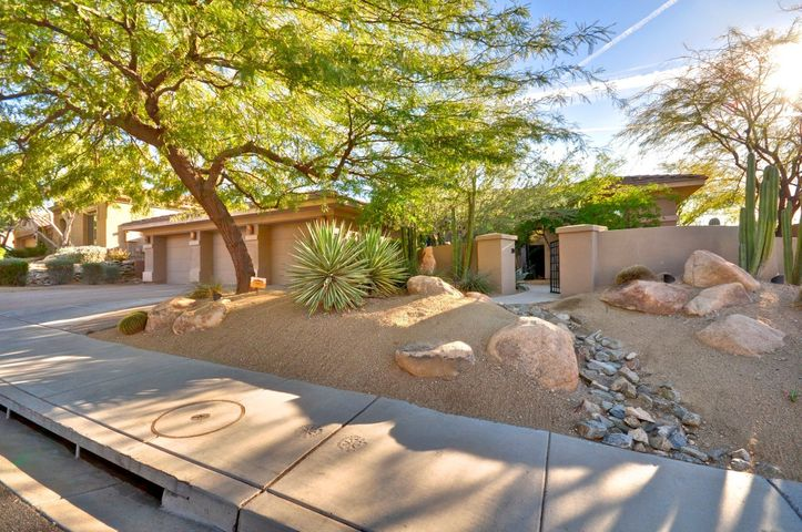 11231 E BECK Lane, Scottsdale, AZ 85255