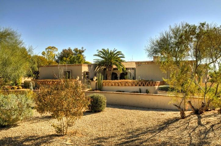 8119 E FOOTHILLS Drive, Scottsdale, AZ 85255