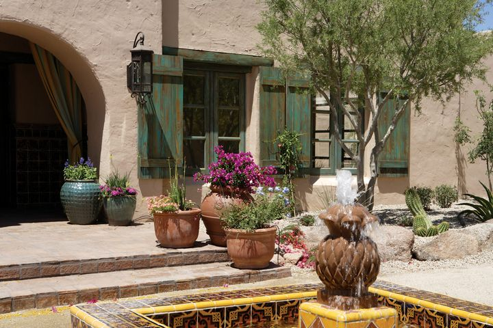 4642 N 56TH Street, Phoenix, AZ 85018