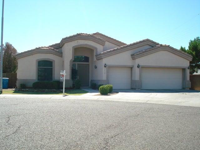 3430 N 42ND Place, Phoenix, AZ 85018