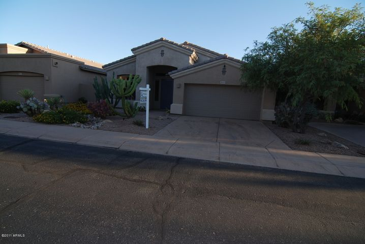 5029 E KIRKLAND Road, Phoenix, AZ 85054