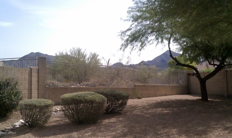 10480 E PENSTAMIN Drive, Scottsdale, AZ 85255