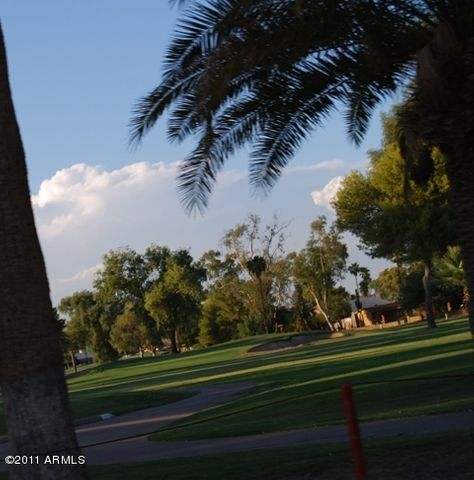 805 S SARANAC Avenue, Mesa, AZ 85208