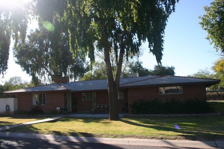 5225 E FRESNO Drive, Phoenix, AZ 85018