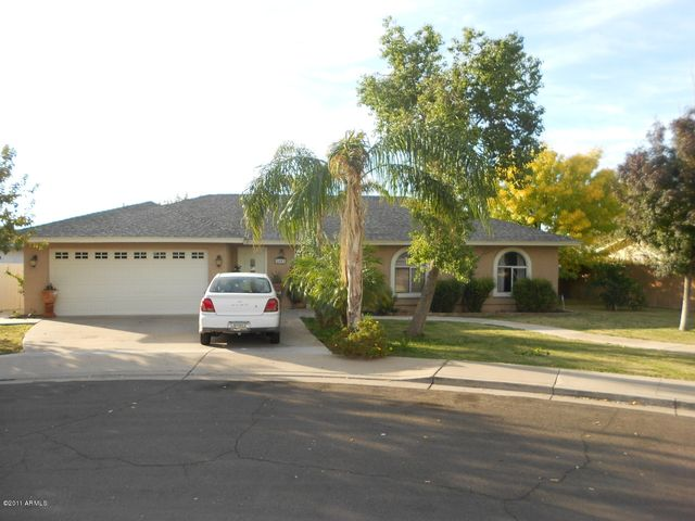 2443 E KENWOOD Circle, Mesa, AZ 85213