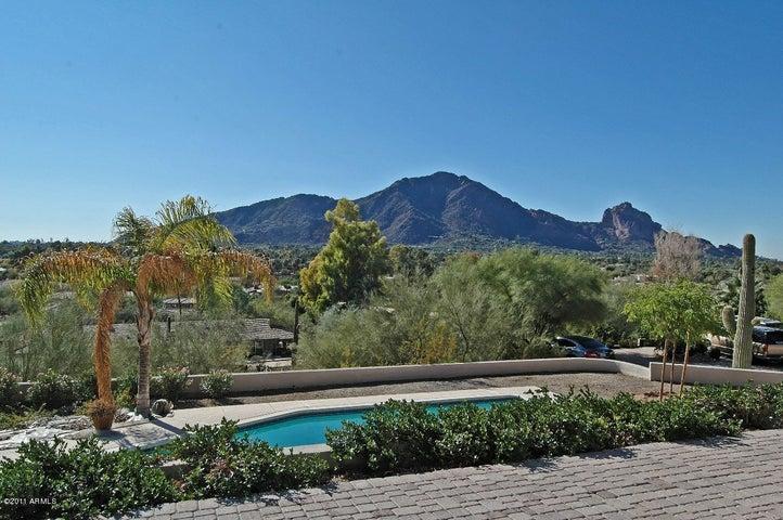 6308 E Joshua Tree Lane, Paradise Valley, AZ 85253