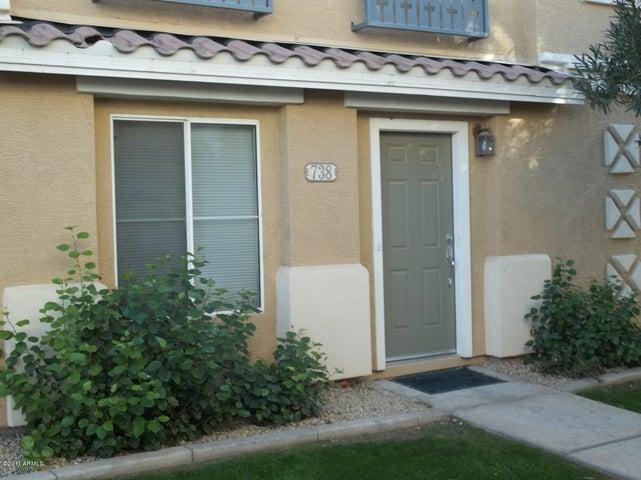 738 N LAGUNA Drive, Gilbert, AZ 85233