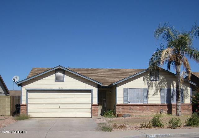 120 W MCLELLAN Road, Mesa, AZ 85201