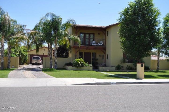 5039 E EARLL Drive, Phoenix, AZ 85018
