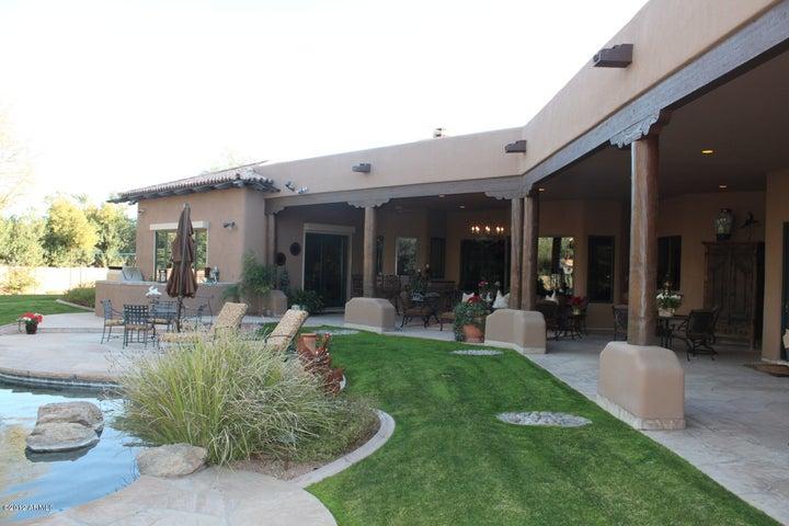 6011 N SAGUARO Road, Paradise Valley, AZ 85253