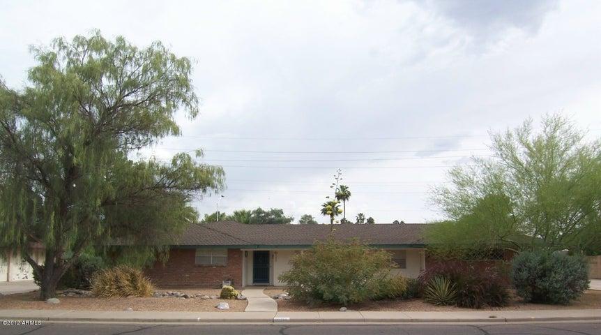 1625 E Greenway Street, Mesa, AZ 85203