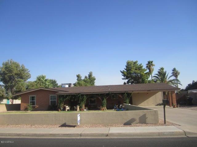 2261 E Adobe Street, Mesa, AZ 85213