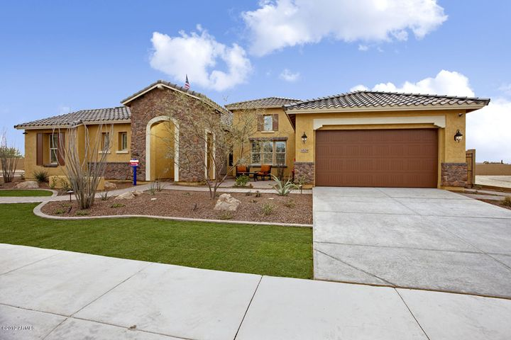 1529 W Oberlin Way, Phoenix, AZ 85085