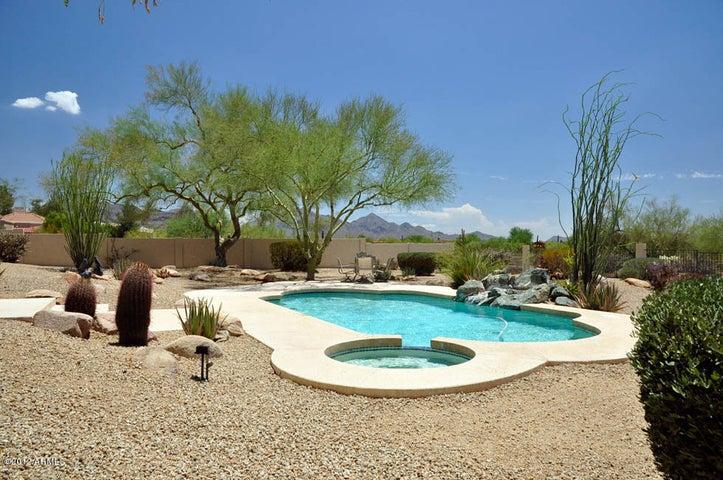 8225 E Via Del Sol Drive, Scottsdale, AZ 85255
