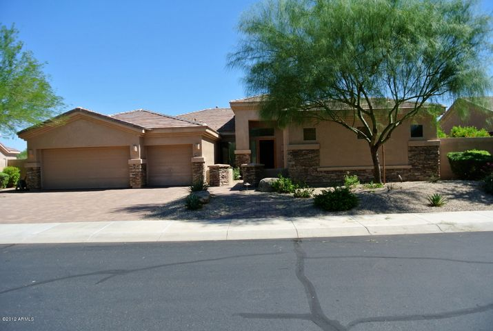 17660 W WILLOW Drive, Goodyear, AZ 85338