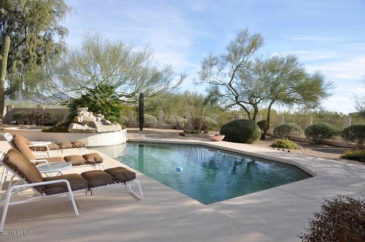 8205 E VIA DEL SOL Drive, Scottsdale, AZ 85255