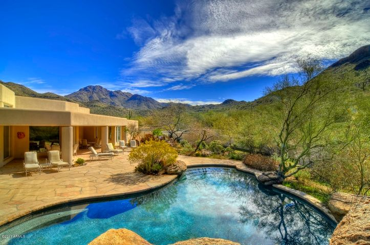 10225 E FOOTHILLS Drive, Scottsdale, AZ 85255