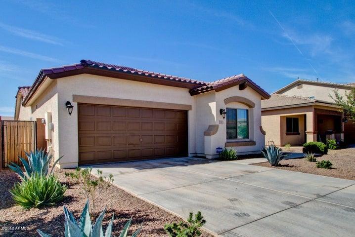 293 W DRAGON TREE Avenue, San Tan Valley, AZ 85140