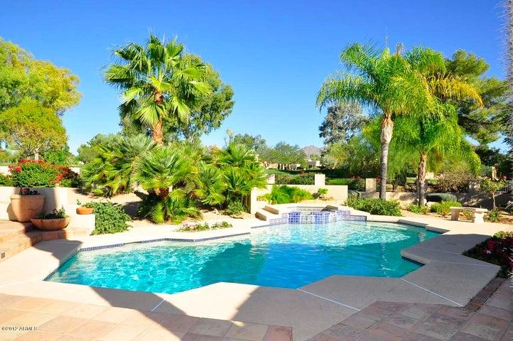 8146 E FOOTHILLS Drive, Scottsdale, AZ 85255