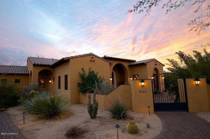 8623 E LOS GATOS Drive, Scottsdale, AZ 85255