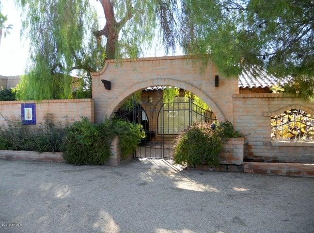 8631 E VIA DEL SOL Drive, Scottsdale, AZ 85255