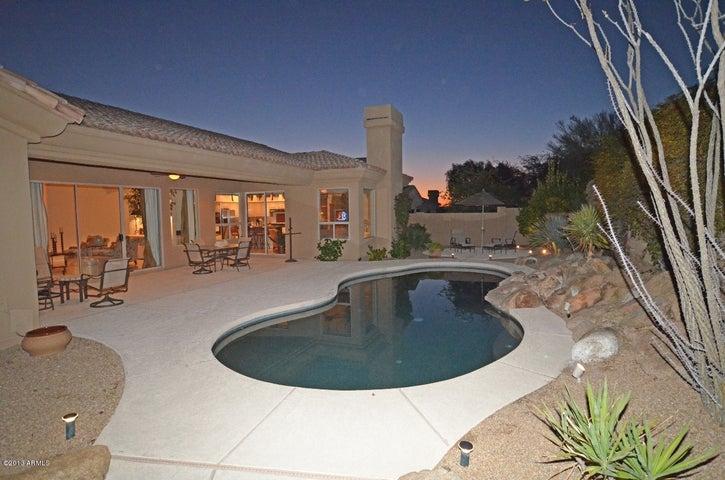 8954 E Via de Luna Drive, Scottsdale, AZ 85255