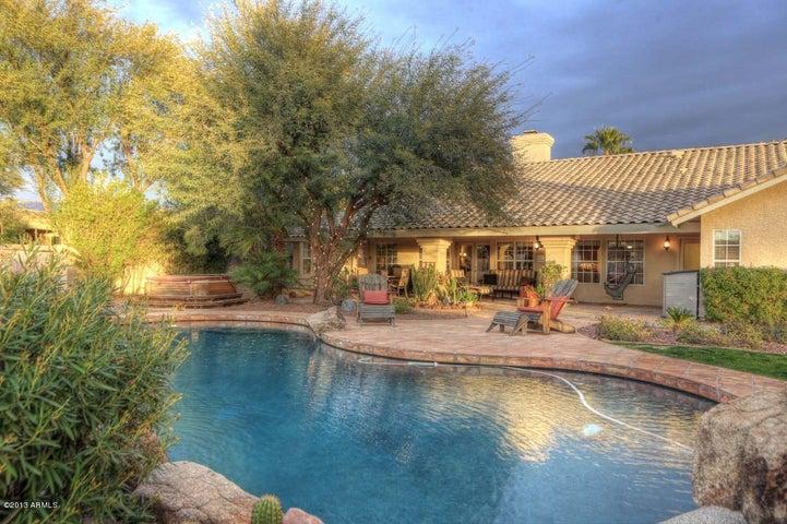 9490 E Kalil Drive, Scottsdale, AZ 85260