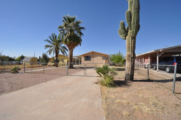 8206 E 5TH Avenue, Mesa, AZ 85208
