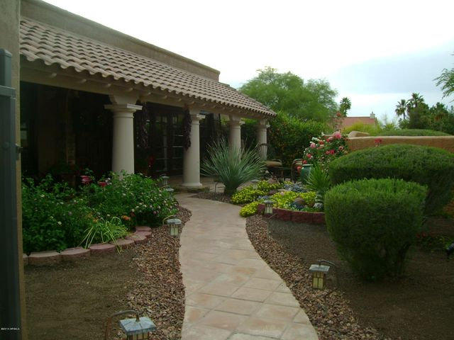 Private courtyard entry to a peaceful and private home