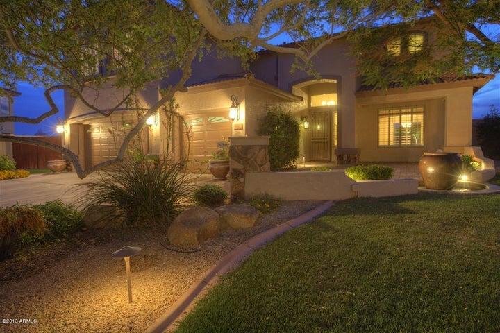 6042 W Running Deer Trail, Phoenix, AZ 85083