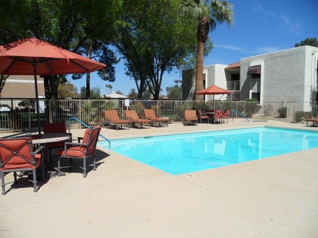 10444 N 69TH Street, 220, Paradise Valley, AZ 85253