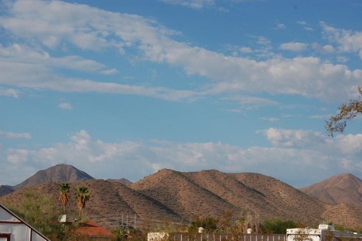 10610 E CHOLLA Street, Scottsdale, AZ 85259