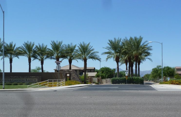 Mountain Gate at Copper Canyon Ranch, a gated community of semi-custom homes on 1+ Acre homesites.