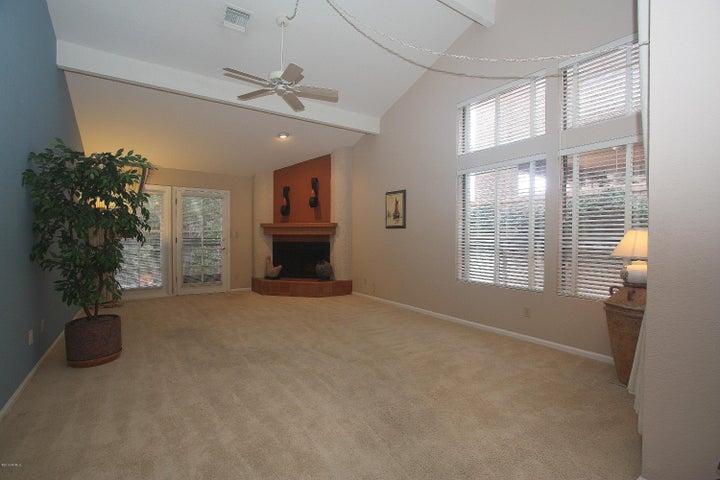 9775 N 80TH Place, Scottsdale, AZ 85258