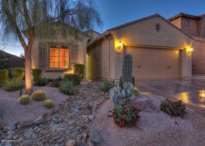 3756 E MATTHEW Drive, Phoenix, AZ 85050