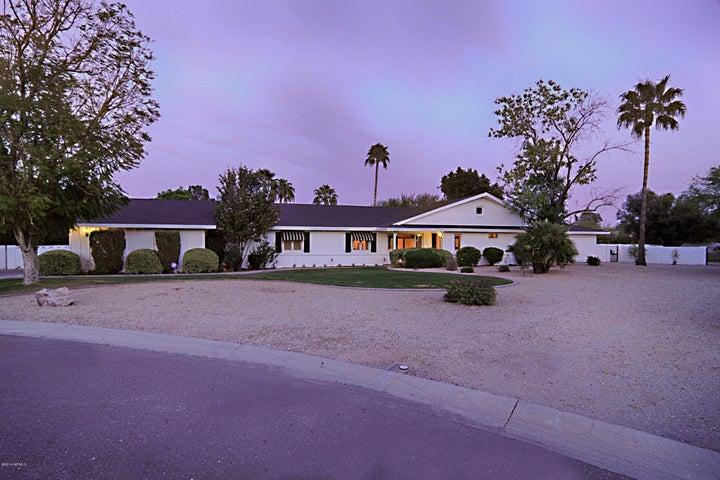 6818 E Valley Vista Lane, Paradise Valley, AZ 85253