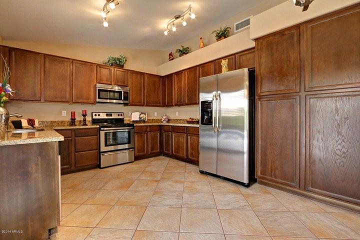 1416 W BLUEFIELD Avenue, Phoenix, AZ 85023