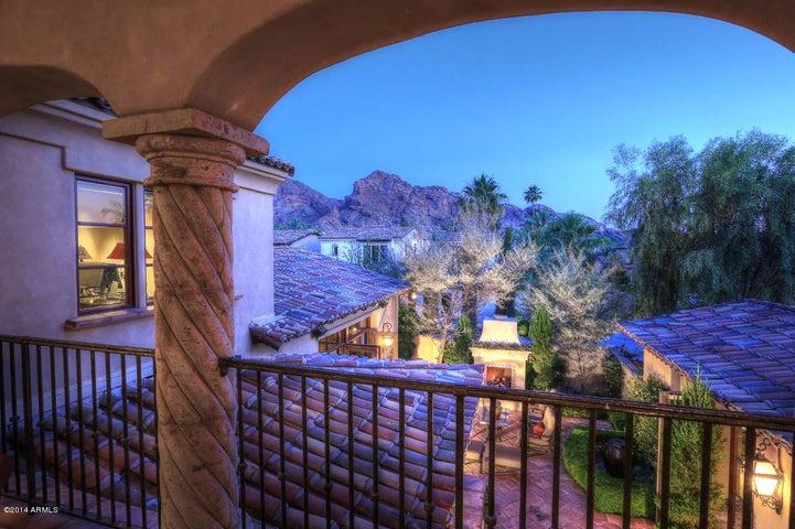 4949 E LINCOLN Drive, 12, Paradise Valley, AZ 85253