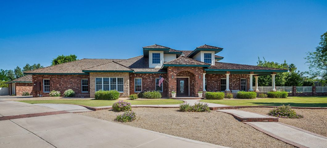 1962 N STEVENS Circle, Mesa, AZ 85205