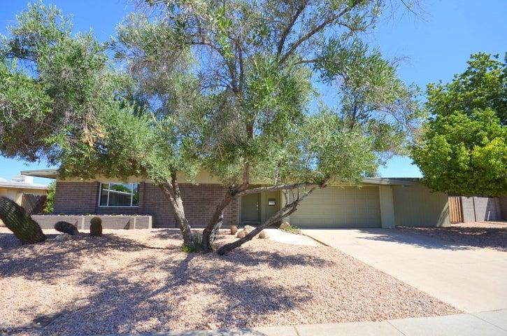 3738 E laurel Lane, Phoenix, AZ 85028