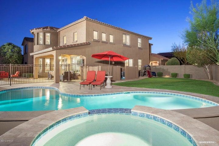3763 E MATTHEW Drive, Phoenix, AZ 85050