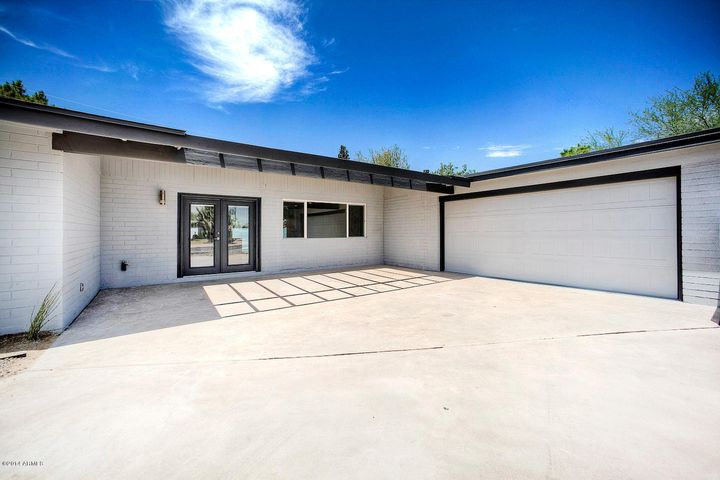 3320 N 61ST Place, Scottsdale, AZ 85251