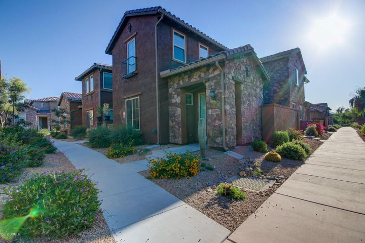 3889 E MELINDA Drive, Phoenix, AZ 85050