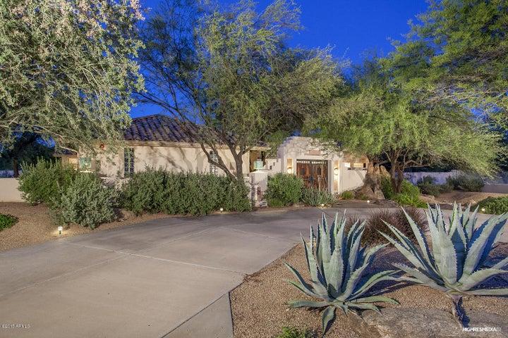 9690 E YUCCA Street, Scottsdale, AZ 85260